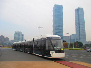 CSR-built 002 leaving Yuantong Station, one of two interchanges with the metro in Nanjing. The rolling stock for Nanjing's Hexi Tram is another example of the technology transfer agreement between CSR and Bombardier signed in 2012.