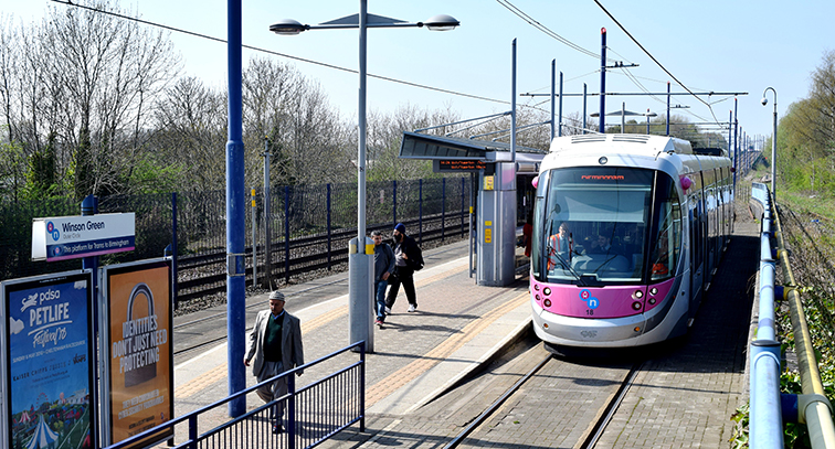 Midland Metro launches the UK's wire-free tram era