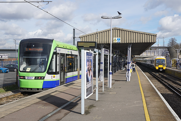 Tramlink begins search for automatic braking system