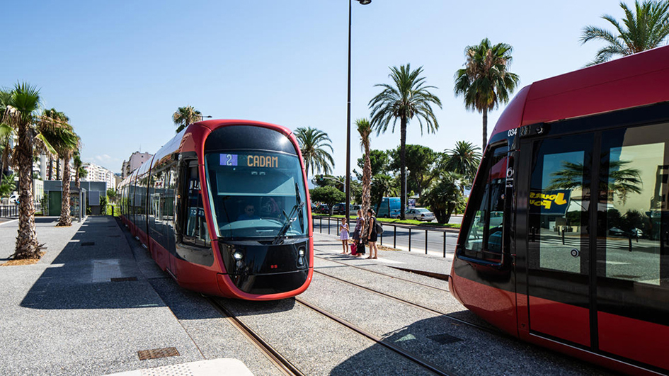 Nice launches T2 and reveals details of future T4 and tram-train plans