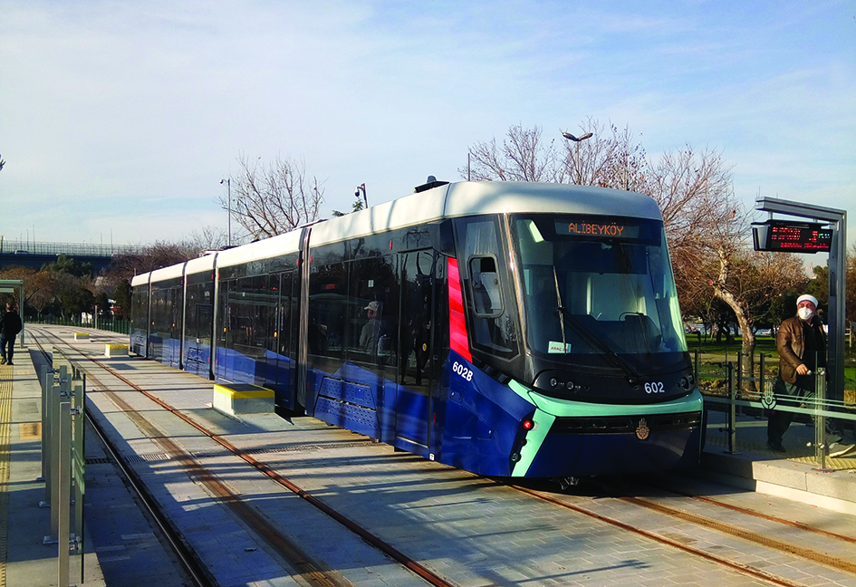 T5: Istanbul's first new wire-free line