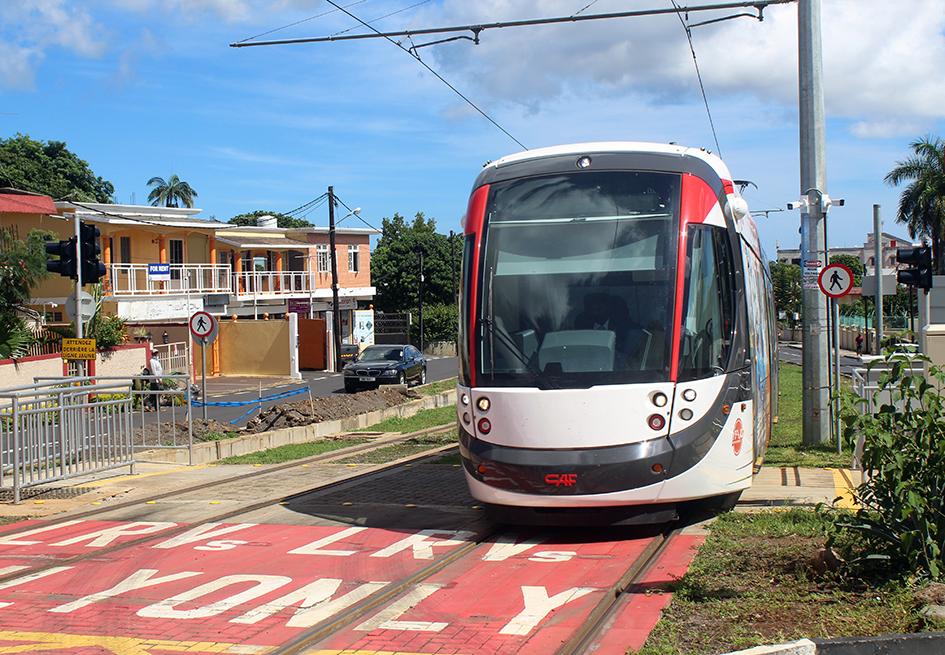 Mauritius Metro: On track to Quatres Bornes